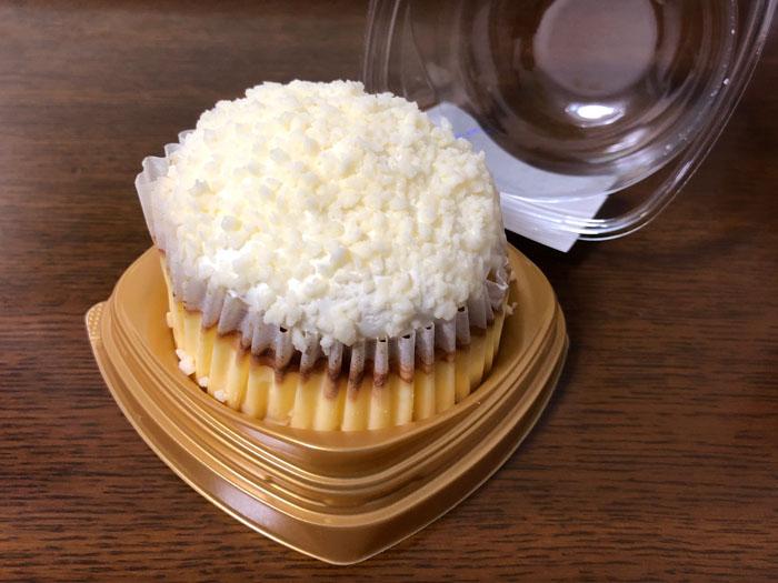 コンビニスーツ ローソン バスク チーズケーキ 限定